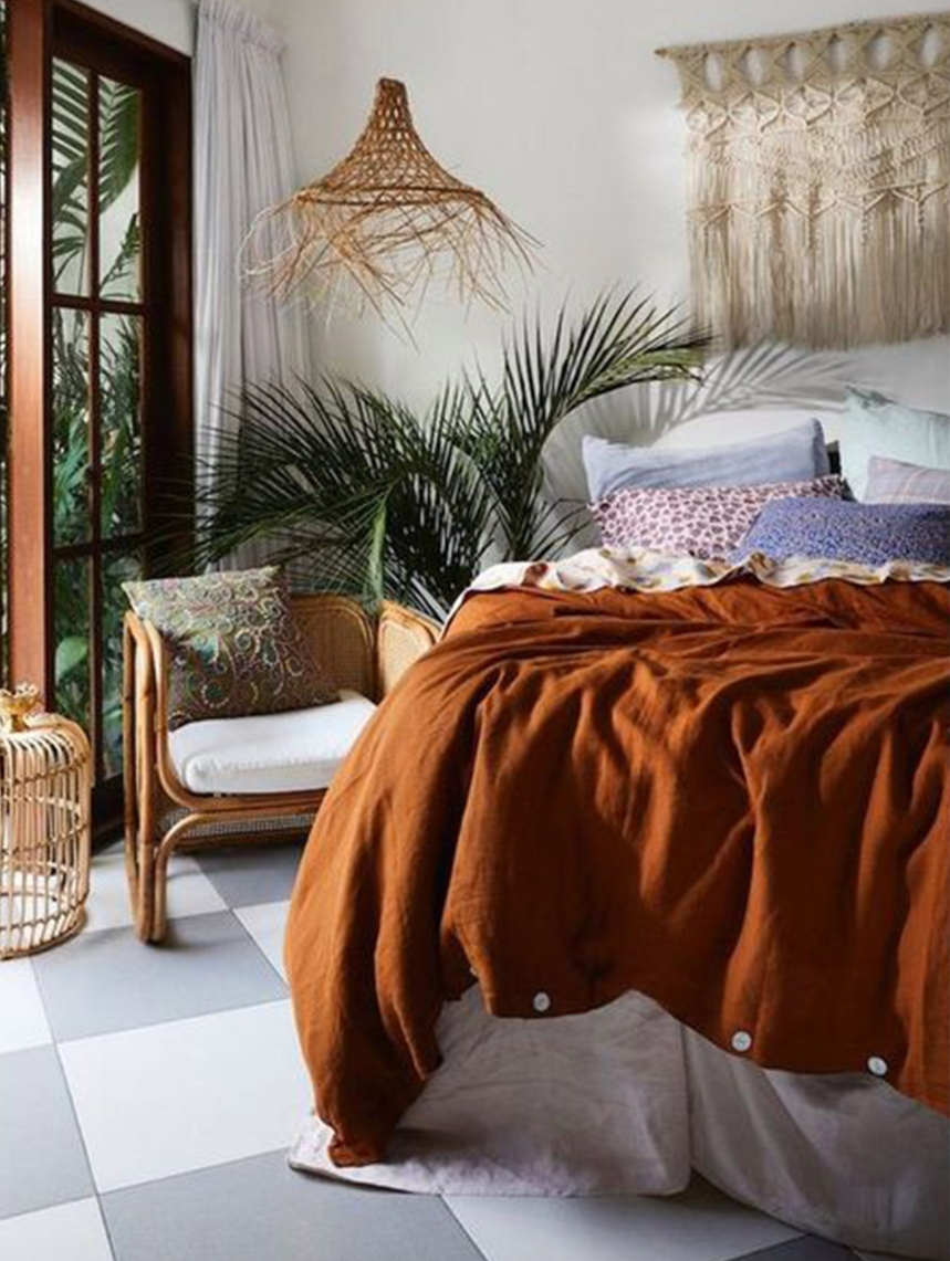 Modern boho bedroom blog